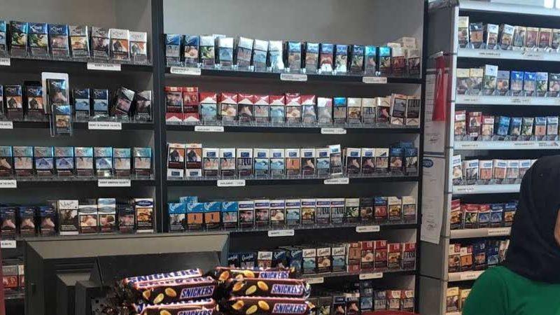 غرفة التبغ والوقيد: بيع السجائر في المساحات التجارية سيقضي على رزق 200 ألف عائلة